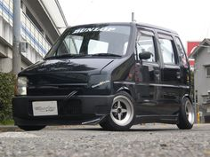 My mate wants to modified his Vauxhall Agila for a laugh, can you give him some inspiration as i'm struggling to find ones that are modified (cos it's such a sick car people are scared to mod it) Suzuki Wagon R, Kei Car, Old School Cars, City Car, Modified Cars, Small Cars, Car Stuff, Custom Cars, Cars And Motorcycles