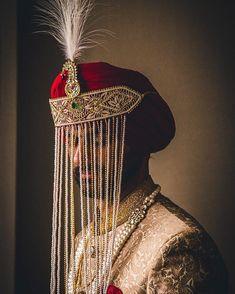 Trending Groom Sehra Designs Spotted At Indian Weddings Wedding Looks, Boho Wedding, Farm Wedding, Wedding Reception, Wedding Blog, African Wedding Dress, Indian Wedding Outfits, Groom Wear, Groom Outfit