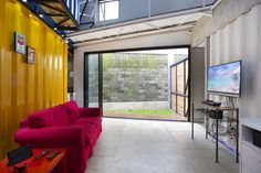Container for Urban Living / Atelier Riri
