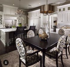 Beautiful kitchen , color and design #openfloorplan