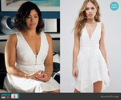 Jane's white embroidered button-front dress on Jane the Virgin.  Outfit Details: https://wornontv.net/67810/ #JanetheVirgin
