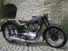 Simson AWO als Motorrad in Bischleben
