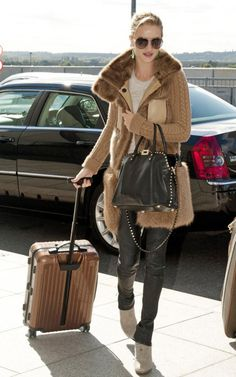 Rosie Huntington-Whiteley- travel style