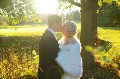King Valley Golf Club wedding. King City. King City, Golf Clubs, Kisses, Wedding Photos, Romantic, Couple Photos, Image, Beautiful, Marriage Pictures