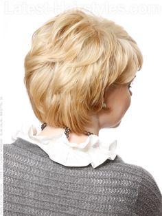 Short Hairstyle with Long Layers Back View