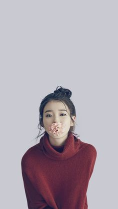 IU iphone Wallpapers & LockScreen - Best of Wallpapers for Andriod and ios Korean Beauty Girls, Pretty Korean Girls, Cute Korean Girl, Asian Beauty, Asian Girl, Korean Photoshoot, Fandom, Kdrama Actors, Iu Fashion