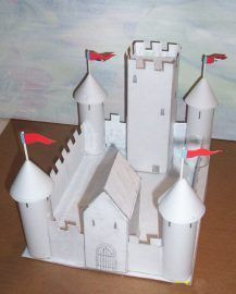 couple of Medieval Castle things - Make a castle or visit one!