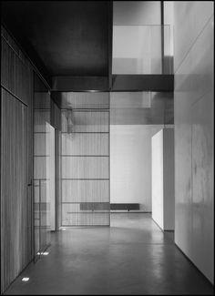 010.BGL Canyon House / Labics