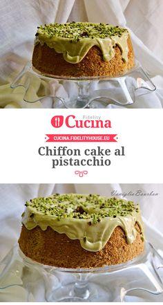Chiffon cake al pistacchio Torta Chiffon, Lemon Chiffon Cake, Cupcakes, Cake Cookies, Hokkaido Cake, Panettone Rezept, Sweet Recipes, Cake Recipes, Chocolate Roll Cake