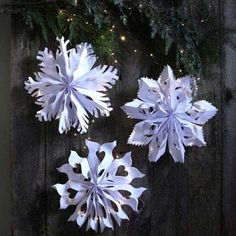 Make giant lighted snowflake pendants from paper bags or white paper. Easy tutorial with free templates. Beautiful decor for holidays and year round! - A Piece of Rainbow Snowflake Decorations, Outdoor Christmas Decorations, Christmas Wreaths, Christmas Crafts, Winter Christmas, Christmas Ornaments, Snowflake Ornaments, Xmas, Ideas Decoracion Navidad