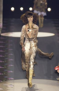 Roberto Cavalli Ready-to-Wear Spring / Summer 2002