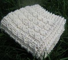 Simple Weave Washcloth | AllFreeKnitting.com