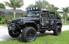 Black Jeep Wrangler Unlimited ready for some fun