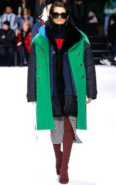 ***Collection BALENCIAGA - Winter 2019 - PARIS***
