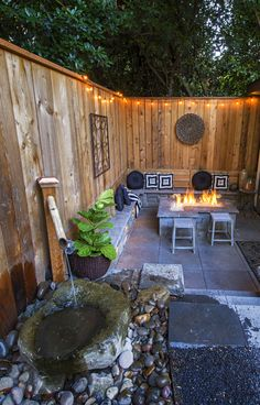 Yes - itsa firepit nook - secluded and inner city but definitely a place for down time . . .  http://www.paradiserestored.com/portfolio/case-property/
