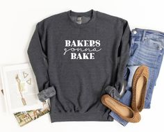 Bakers always gonna bake! We can't say no to some delicious baked goods! * * * * * #saltyseams #saltysquad #saltyseamssquad #saltyqueens #saltysnacks #saltytee #saltyshirt #etsyseller #etsystore #girlgang #supportlocal #smallbiz #bellacanvas #shopetsy #shopsmall #foodiegift #foodieshirt #foodclothing #foodtshirt #cookietime #cookielove #bakersgonnabake #bakingtime #ilovetobake Bakers Gonna Bake, Cookie Time, Salty Snacks, Girl Gang, Baked Goods, Etsy Store, Tees, Shirts, Boutique