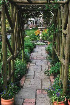 BEAUTIFUL. doing this first garden (pergola)