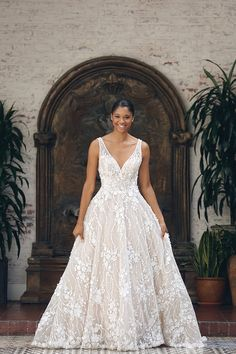 One look at the train goals and detail drama that unfold and you'll know why we're exclaiming this as the Kenneth Winston bombshell bridal beauty feature. Wedding Dress Train, Wedding Gowns, Fall Wedding, Dream Wedding, Wedding Ideas, Strictly Weddings, Bridal Stores, Yes To The Dress, Bridal Beauty