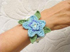 Bracciale uncinetto fiore turchese