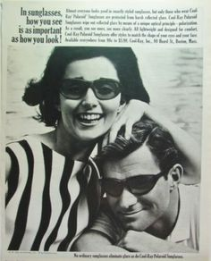 1964 Cool-RAY Polaroid SUNGLASSES Smartly Styled Couple in Vintage Specs foto Ad