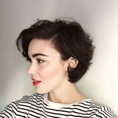 Eye catching women with short bob haircuts 2018 - Madame Frisuren - Haare Bob Haircut 2018, Short Bob Haircuts, Haircut Short, Curly Hair Bob Haircut, Short Bob With Undercut, Latest Haircuts, Pixie Haircut, Cut My Hair, New Hair