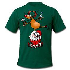 Dit rendier drinkt er ééntje op de Kerstman. T-shirt design. #Spreadshirt #Cardvibes #Tekenaartje #Christmas #Xmas #Santa #SantaClaus #Weihnachten #Weihnachtsmann #Noel #PereNoel