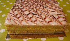 Le millefeuille est l'un de mes gâteaux préféré. Il existe sous de multiples formes, parfums. Je vais vous expliquer dans cette recette, la façon traditionnelle de faire le millefeuille. Je vous ex...