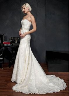 Elegant Tulle Sweetheart Neckline Natural Waistline Mermaid Wedding Dress With Lace Appliques