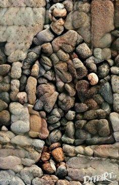 Creative Diy Ideas For Pebble Art Crafts Steinkunst Stone Crafts, Rock Crafts, Art Crafts, Stone Mosaic, Mosaic Art, Art Rupestre, Art Pierre, Rock Sculpture, Art Abstrait