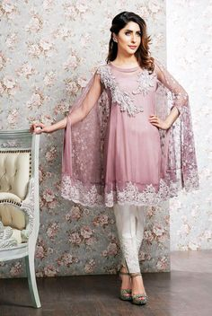 Party and wedding wear pakistani cape dresses Pakistani Cape Dresses, Pakistani Outfits, Indian Dresses, Indian Outfits, Casual Dresses, Fashion Dresses, Stylish Dresses, Casual Wear, Party Kleidung