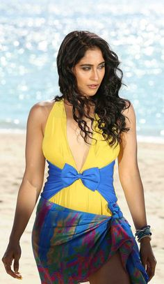 Hot Actresses, Beautiful Actresses, Indian Actresses, Indian Bollywood Actress, Indian Actress Hot Pics, Regina Cassandra, Curvy Girl Fashion, Celebs, Celebrities