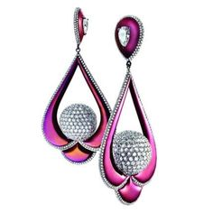 #diamond #titanium #pink #earrings   @lareina  #rose #shocking #discoballs #bestdesign