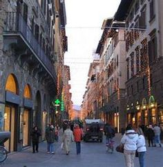 Streets of Florence - yeah, they look just like this!