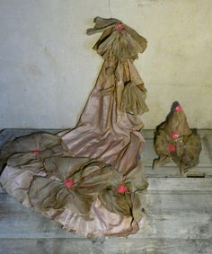 de merel brocante antique fancy dress