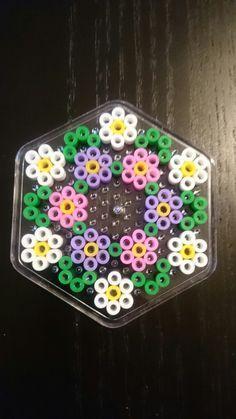 15 Best Fun Perler Beads Designs Easy To Get Started Easy Perler Bead Patterns, Melty Bead Patterns, Diy Perler Beads, Perler Bead Art, Pearler Beads, Fuse Beads, Beading Patterns, Hama Perler, Bracelet Patterns