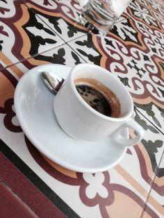 Espresso cortado en Café Cubano, Miami Flo
