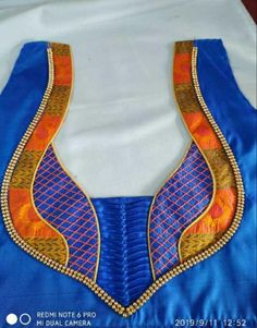 Patch Work Blouse Designs, Hand Work Blouse Design, Simple Blouse Designs, Stylish Blouse Design, Dress Neck Designs, Cotton Saree Blouse Designs, Churidar Neck Designs, Embroidery Suits Design, Designer Blouse Patterns
