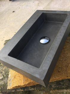 Concrete Sink Bathroom, Concrete Shower, Old Bathrooms, Small Bathroom, Bathroom Ideas, 50s Bathroom, Concrete Projects, Concrete Design, Diy Concrete