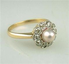 Vintage pearl ring... this would be such a pretty engagement ring