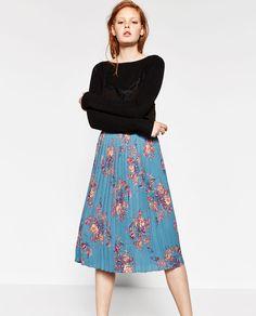 9357bf5ec falda plisada azul zara