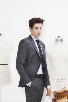 Korean Male Actors, Handsome Korean Actors, Korean Actresses, Korean Celebrities, Asian Actors, Actors & Actresses, Lee Jong Suk Hot, Lee Hyun, Hyun Bin