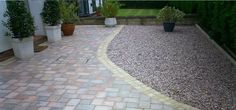 """What To Look For When Choosing Driveways - The old saying, i.e. """"First impression is the last impression"""" goes true in respect of all worldly valuables including the costly properties. Those enjoying the ownership rights or visit any building structures are greatly impressed with the enchanting driveways that lead you to the inner portions of the building structures."""