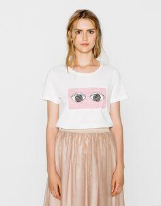Eyes sequin t-shirt - T-shirts - Clothing - Woman - PULL&BEAR United Kingdom