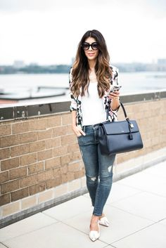 Floral Blazer, White Tee + Skinny Ankle Jeans | how to wear a floral blazer | how to style a floral blazer | fall fashion for women | women's fall fashion | fall fashion | fall style | fall outfit ideas | outfit ideas for fall | fashion tips for fall | style ideas for fall | cool weather fashion || The Girl in the Yellow Dress