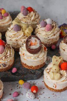 Mini Easter Cheesecakes! - Jane's Patisserie Orange Cheesecake Recipes, Chocolate Orange Cheesecake, Easter Cheesecake, Mint Cheesecake, Chocolate Desserts, Easter Recipes, Dessert Recipes, Individual Cheesecakes, Janes Patisserie