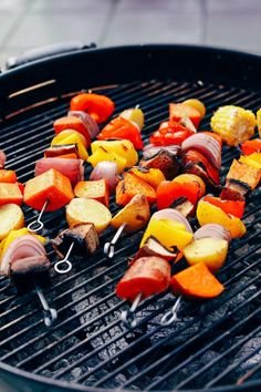 Colorful, grilled veggie skewers served with chimichurri sauce! The perfect plant-based side or main for summertime BBQs. Grilling Recipes, Veggie Recipes, Healthy Recipes, Chimichurri, Tempeh, Grilled Vegetables, Veggies, Veggie Skewers, Diet