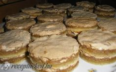 Londoni aprósüti recept fotóval Hungarian Desserts, Hungarian Cake, Hungarian Recipes, Sweet And Salty, Cake Cookies, Bakery, Dessert Recipes, Food And Drink, Cooking Recipes