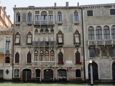 This is why Venice is the most beautiful city in the world - A series of 40 facades of Venice Italy Winter, Italy Architecture, Italy Pictures, Italy Honeymoon, Italy Painting, Italy Art, Italy Fashion, Most Beautiful Cities, New City