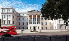 The stately exterior  of the recently renovated #Lanesborough, which is housed in an early 19th-century building. #hospitalitydesignmagazine #hospitalitydesign #hdmag #places #design #hotels #london