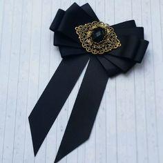 "Buy Brooch – tie ""Black Classic"" – of … – Women's Style Diy Ribbon, Ribbon Crafts, Ribbon Bows, Ribbons, Women Bow Tie, Retro Mode, Diy Fashion, Womens Fashion, Brooches Handmade"